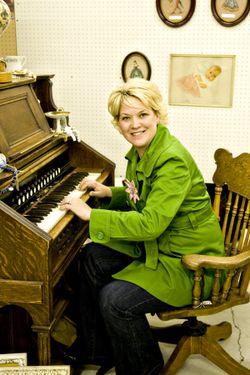 Layle at organ